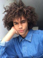 curly hair black