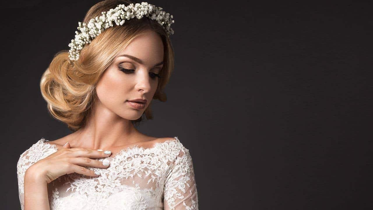 30 Tantalizing Wedding Hairstyles for Medium Length Hair