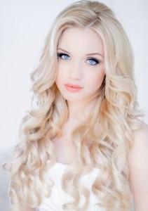 Trendiest Blonde Hair Color Ideas For This Season