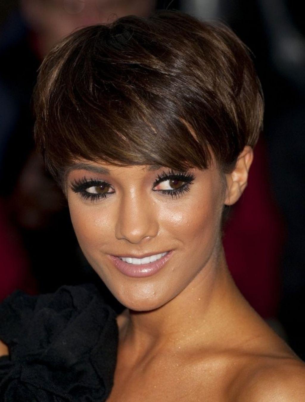 30 Chic and Beautiful Short Layered Haircuts