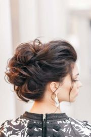 chic & messy updo hairstyles