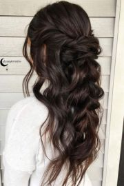 stylish prom hairstyles