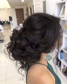 updo curls for quince