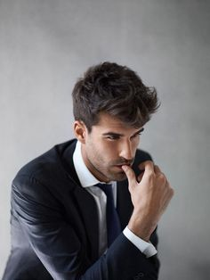 15 Trendy Business Casual Hairstyles