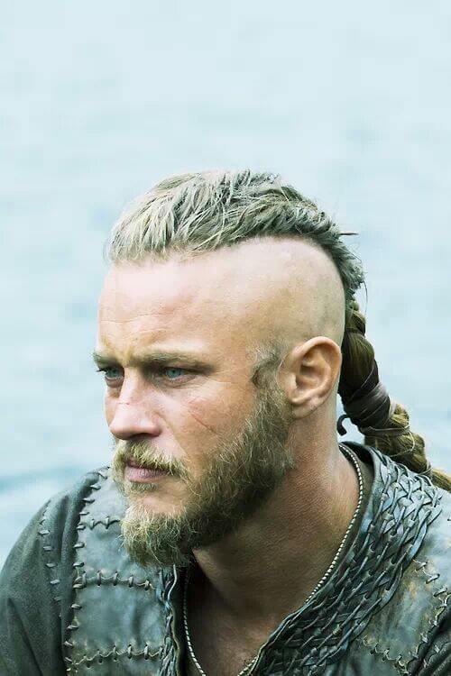 Ragnar Lothbroks Hairstyle From Vikings Hairstyles