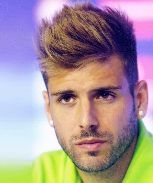 8 Soccer Player Hairstyles You Will Love