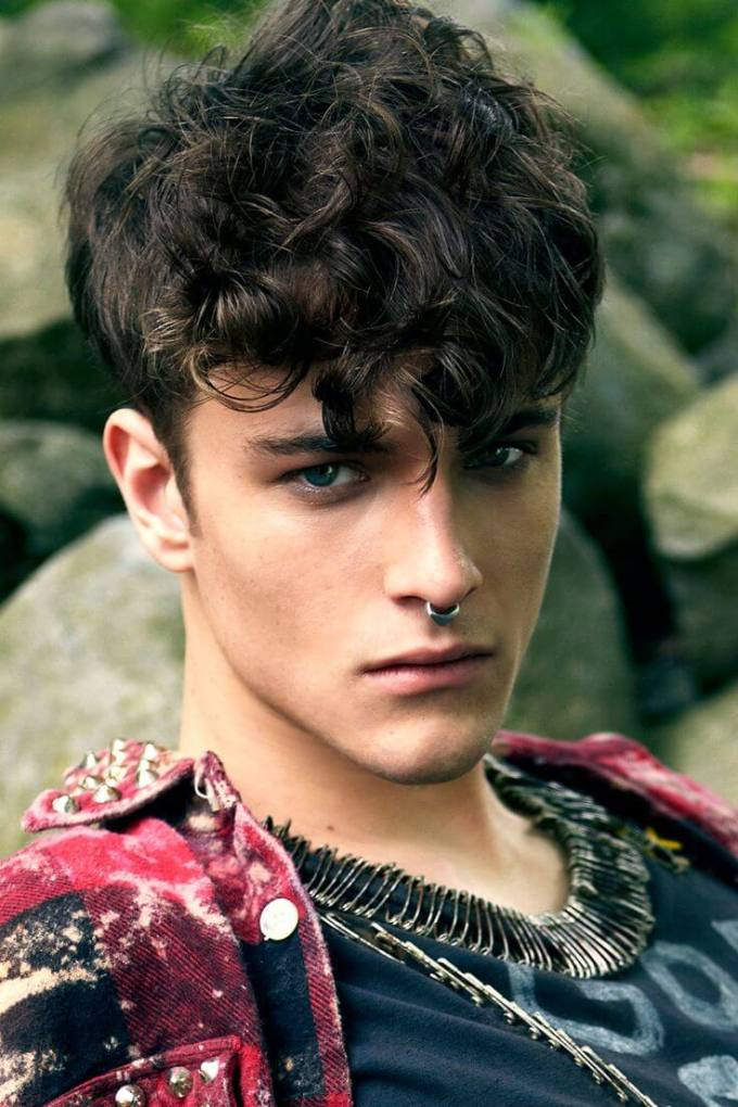 top 5 curly hairstyles for men - hairstyle on point