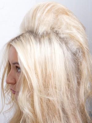 Retro Half Up Half Down Hairstyle 2019 Haircuts