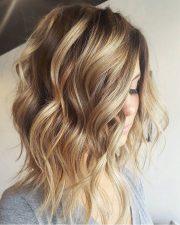 stylish short wavy hairstyles