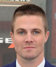 stephen amell short straight casual