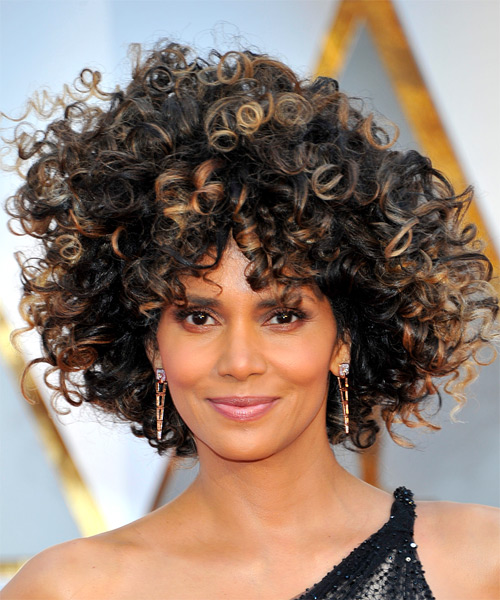 Halle Berry Short Curly Hair : halle, berry, short, curly, Halle, Berry, Hairstyles,, Colors