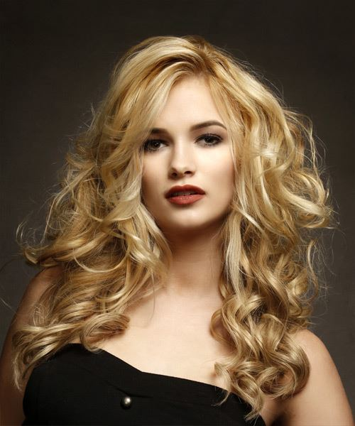 Casual Long Wavy Hairstyle  Blonde Hair Color