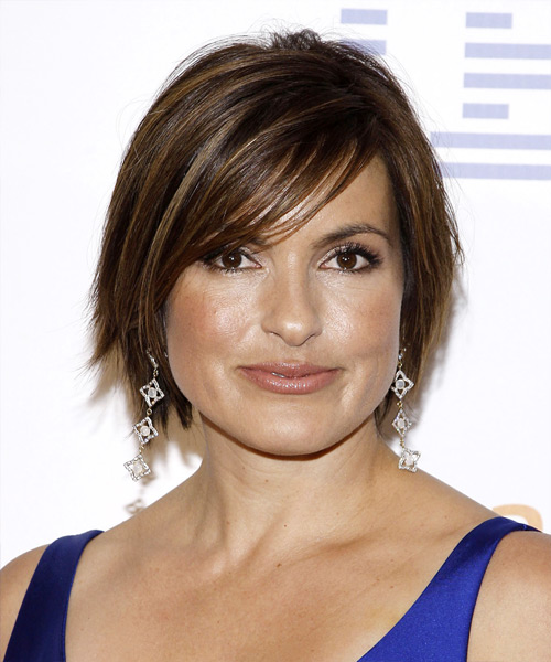 Mariska Hargitay Short Straight Casual Hairstyle with Side Swept Bangs  Dark Brunette Hair Color