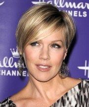 jennie garth hairstyles in 2018