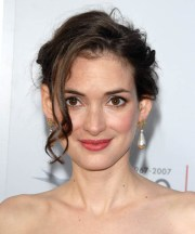 winona ryder hairstyles in 2018