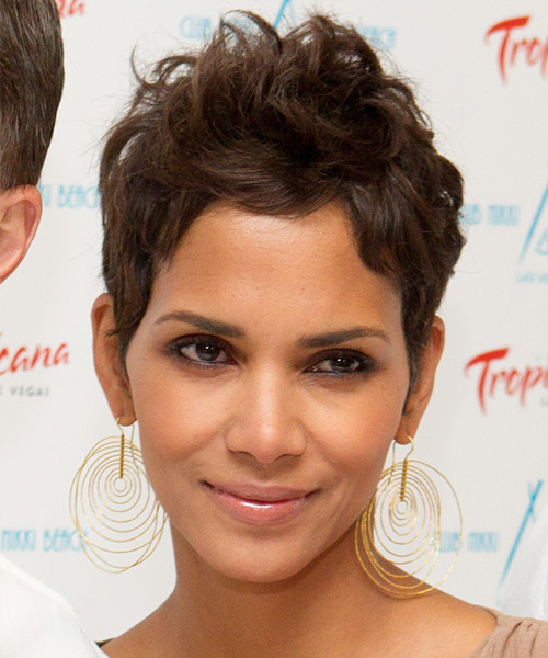 28 Halle Berry Hairstyles Hair Cuts And Colors