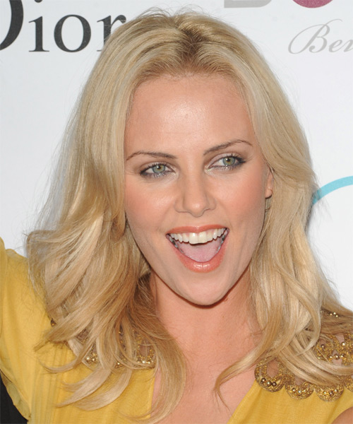 Charlize Theron Long Straight Casual Hairstyle Light