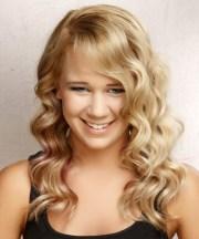 long wavy light golden blonde hairstyle