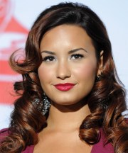 demi lovato long curly black hairstyle