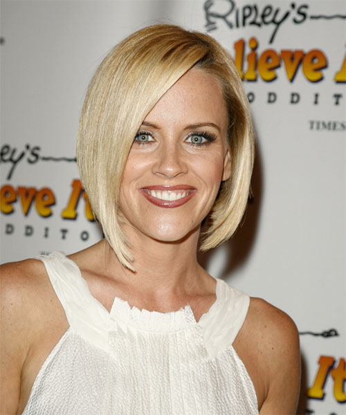 Jenny McCarthy Hairstyles Gallery