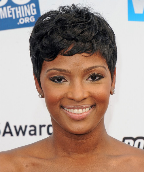 Ariane Davis Short Straight Casual Hairstyle Black
