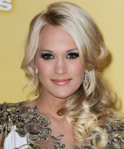 carrie underwood long curly light