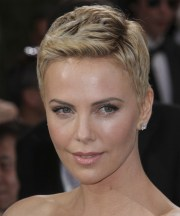 charlize theron short straight
