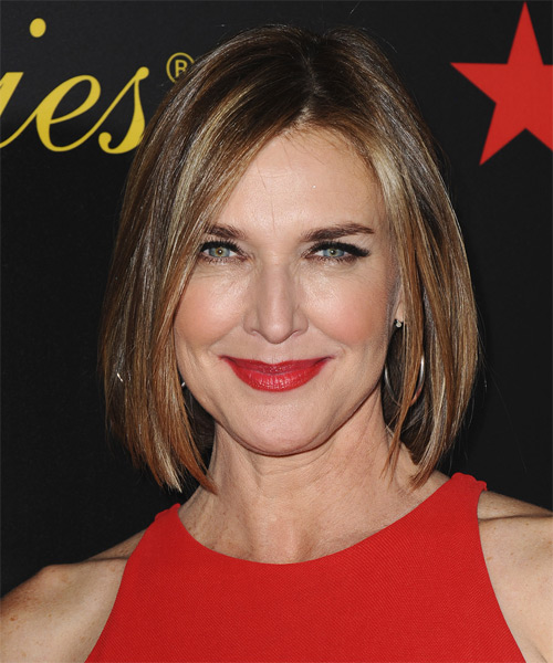 Brenda Strong Hairstyles Gallery