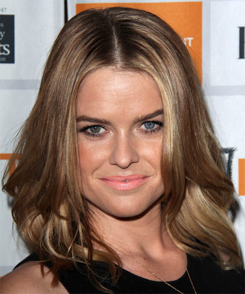 Alice Eve Hairstyles Hair Cuts And Colors