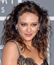 hilary duff long curly hairstyle