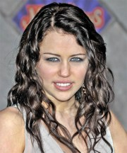miley cyrus casual long curly hairstyle