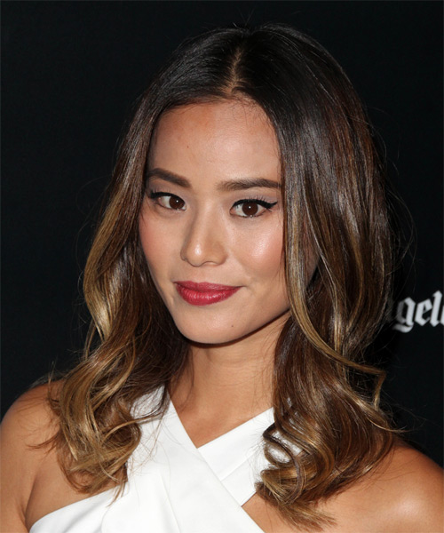 Jamie Chung Casual Long Wavy Hairstyle