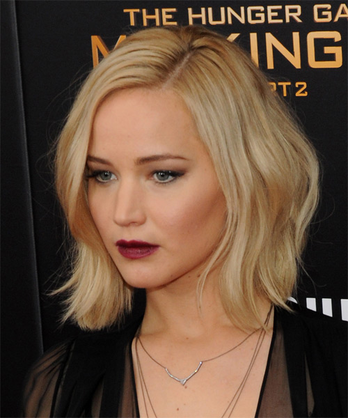 Jennifer Lawrence Medium Straight Casual Hairstyle