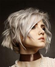 short wavy light platinum blonde