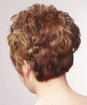 fuss haircuts women over