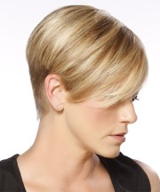layered blonde pixie cut with side