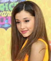 ariana grande hairstyles in 2018