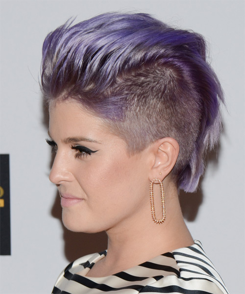 Kelly Osbourne Short Straight Alternative Emo Hairstyle