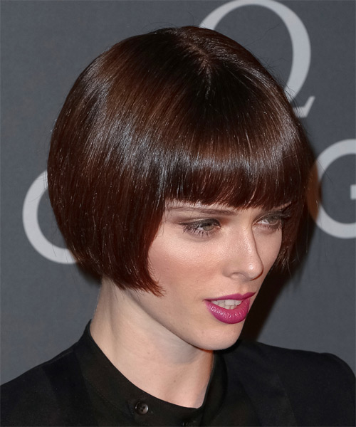 Coco Rocha Short Straight Formal Bob Hairstyle With Blunt