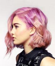 short wavy alternative bob hairstyle