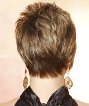 short straight caramel brunette