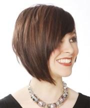 short straight layered brunette