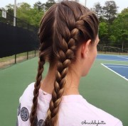 5 school hairstyles featuring