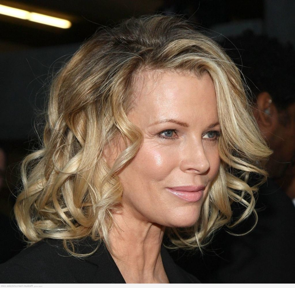 Best Hairstyles For Women In Their 50s