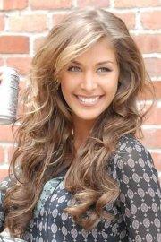 light brown hair women