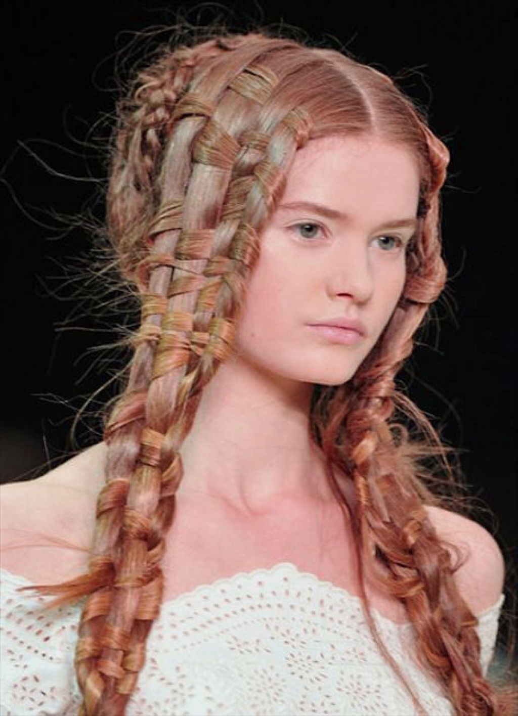 Prom hairstyles  35 methods to complete your look