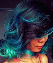 curls & streaks hairstyles
