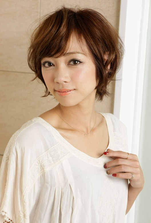 Simple Japanese hairstyles 2012