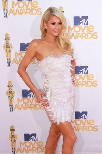 Beauty Wavy Haircut from Paris Hilton at Movie Awards