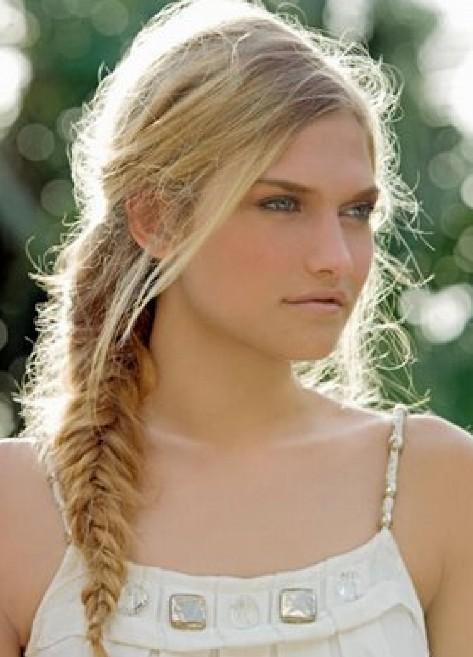 Cute Fishtail Braid Hair Style
